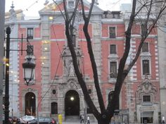 Calle Alcalá, Iglesia de San José. Madrid by voces, via Flickr