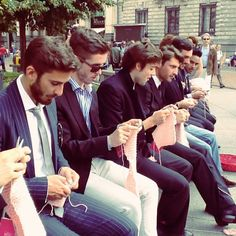Italian guys. Knitting.  I'm not sure why I find this so cool.