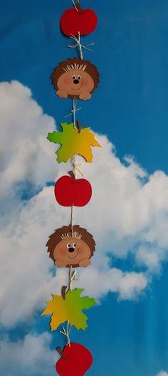 Igel im Herbst – Eine Idee aus dem Kreativ-Blog der Buntpapierwelt Tweety, Projects To Try, Christmas, Kids, Mermaid Crafts, Blog, Activities, Xmas, Manualidades