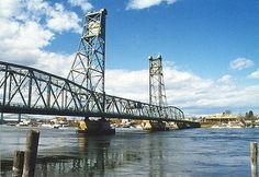 Memorial Bridge in Kittery, Me heads to Portsmouth, NH