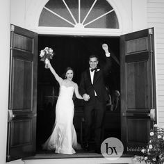 Bênédicte Verley Photography black and white wedding image of couple coming out of the church