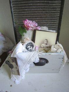 http://www.ebay.de/itm/SHABBY-SCHUBLADE-WEISS-ANTIK-GEFULLT-Franske-Shabby-JDL-Frankreich-belle-blanc-/221461640040?nma=true