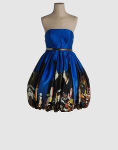 GAVIN DOUGLAS Dress, I m loving it!! Look at the color n Print on it. Its Gorgeous!! #Fashion