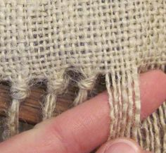 5 ways to avoid burlap from unraveling – Artofit Burlap Projects, Burlap Crafts, Diy And Crafts, Sewing Projects, Arts And Crafts, Burlap Tablecloth, Burlap Table Runners, Burlap Curtains, Coffee Sacks