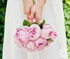 Gelin buketleri için popüler çiçekler