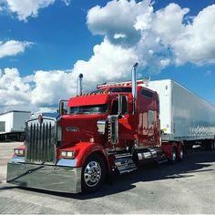 Used Trucks, Big Rig Trucks, Custom Big Rigs, Custom Trucks, Diesel Cars, Diesel Vehicles, Big Ride, Freight Truck, Peterbilt Trucks