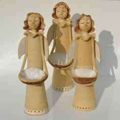 Andílek by keramikas Pottery Sculpture, Sculpture Art, Pottery Angels, Ceramic Angels, Animal Sculptures, Ceramic Clay, Bottle Art, Clay Projects, Xmas Decorations