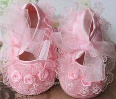 Pusat Toko Sepatu Anak Perempuan - Balita Gadis renda bunga sepatu untuk Bayi | Pusat Sepatu Bayi Terbesar dan Terlengkap Se indonesia