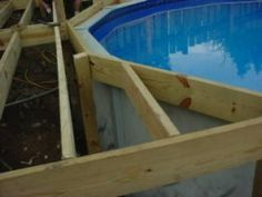 Outdoors Discover Building an Above Ground Pool Deck Part 3 how to build an above ground pool deck - we have been talking about doing something like this to help the boys get in and out of the pool. Swimming Pool Decks, My Pool, Above Ground Pool Decks, In Ground Pools, Piscina Pallet, Piscine Diy, Pool Deck Plans, Living Pool, Diy Deck