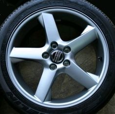 Comet 17 x 7 Volvo #9491655 (Color 936 Bright Silver), also Volvo #9491654 (Color 932 Anthracite Grey), Offset 43mm, stamped 9191262. Note this wheel looks the same as 16 inch Meteor.