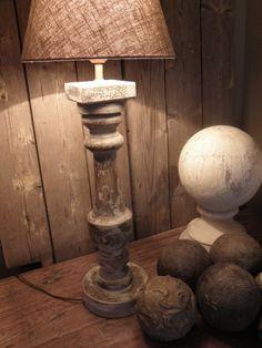 Voorbeeld krijtverf op lampenvoet- Kleur Old white