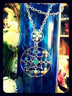 Joya estilo italiano color mediterráneo. Para Campanella Complementos♡♡♡