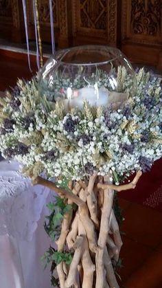 λαμπαδα γαμου απο σταχυα, λεβαντα ,γυψοφιλη ...Στολισμος Γαμου Διακοσμηση Γαμου Στολισμος Εκκλησιας . wedding decoration with driftwood