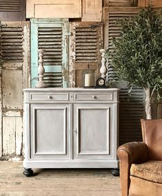 Rustic vintage French cabinet / cupboard hand painted in Annie