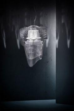 zaha-hadid-almost-aquatic-led-chandeliers-06