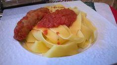 perugine en sauce tomate bonjour les ami(e)s , les vacances se passent bien ;) le partage du jour sera pour les moins chanceux qui ne sont pas parti , je vous propose un petit tour du côté de Nice et du nord de l'Italie avec les perugines en sauce tomate , à découvrir la recette en photos et par étapes sur : http://la-cuisine-de-mumu.over-blog.com/2017/07/perugine-en-sauce-tomate.html , bissssss <3