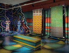 'vlisco un à un' is a major exhibition at the gemeentemuseum helmond celebrating the dutch textile manufacturer's landmark birthday.
