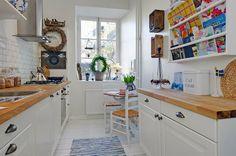 A set of a kitchen interior designs - Modern Interior and Decor Ideas Interior Design Kitchen, Modern Interior, Ikea, Narrow Rooms, Narrow Kitchen, Minimalist Furniture, White Decor, Interior Inspiration, Home Kitchens