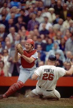 Johnny Bench Throwing