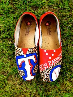 Aunt val ..... i want these except not rangers! !!