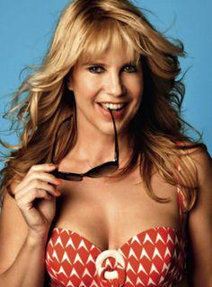 HUIT bikini gedragen door Linda de Mol op de cover van LINDA. 94!