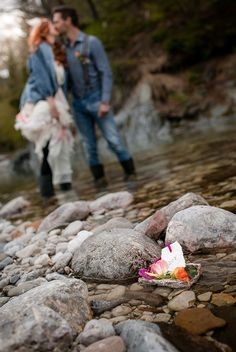 BOHO Styled Shoot Carinthia/Austria Elopement by the river Photo: Tanja und Josef Fotografie – Film Carinthia, Boho Wedding, Austria, Boho Fashion, River, Film, Style, Mariage, Movie