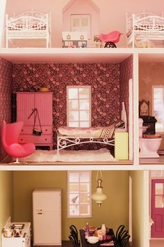 i've been dying to start on a dollhouse with Cheeseball and this one is lovely