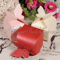 Butterfly wedding party favor boxes