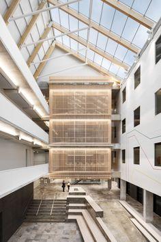 Gallery of Expansion of the Headquarters of the CSN / BGLA + NEUF consortium - 1 Interior Exterior, Interior Design, Atrium Design, Brutalist Buildings, Ground Floor Plan, Common Area, Office Interiors, The Expanse, Interior Architecture