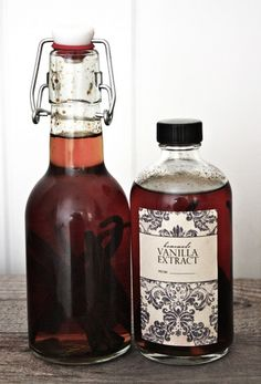 Homemade Vanilla Extract printable.  Great for gift giving!