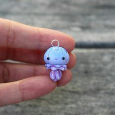 Little Jellyfish Charm 2019 Little Jellyfish Charm by TheLittleMew on Etsy The post Little Jellyfish Charm 2019 appeared first on Clay ideas. Easy Polymer Clay, Polymer Clay Kunst, Polymer Clay Figures, Polymer Clay Animals, Polymer Clay Miniatures, Fimo Clay, Polymer Clay Projects, Polymer Clay Charms, Polymer Clay Creations