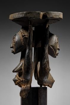 Lot n°82  Luba / Hemba Caryatid Stool Paris, Republic Of The Congo, African Art, Natural World, Stool, Lion Sculpture, Carving, Statue, Traditional