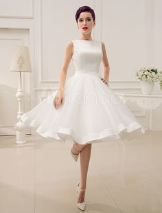 Cheap wedding dress with bow, Buy Quality wedding dress for bride directly from China satin wedding dress Suppliers: Sexy Backless Soft Satin Wedding Dress With Bow/Draped/Sash High Neck Vestido De Noiva 2015 Hot Short Wedding Dress For Brides Dress With Bow, The Dress, Colored Wedding Dresses, Bridal Dresses, Party Dresses, Wedding Robe, Short Wedding Gowns, Wedding Dressses, Tulle Wedding