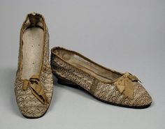 Pair of Woman's Slippers | LACMA Collections England, circa 1820 Costumes; Accessories Cotton twill, leather, kid leather, linen Length: 8 1/2 in. (21.59 cm) each