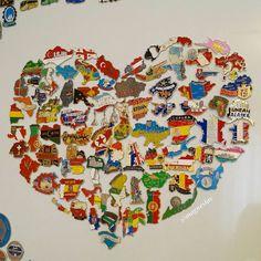 """671 отметок «Нравится», 34 комментариев — Fridge Magnets Collection  (@magneslav) в Instagram: «У каждого своя валентинка. Кто назовет больше всего стран в """"сердце"""", тому любовь регулярная и…»"""
