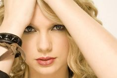 Taylor Swift Close Up HD