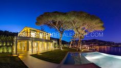 BREATHTAKING SEA VIEW #Nice #FrenchRiviera #HaussmannInternational #Luxury #RealEstate #Pool
