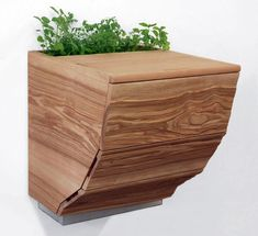 Trending From Paris: Chic Combo Composter, Cutting Board, and Planter on http://www.urbangardensweb.com