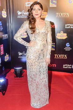 Kanika-Kapoor-at-TOIFA-Red-Carpet-18-March---Dubai-International ...