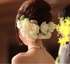 Wedding Guest Hairstyles, Bride Hairstyles, Wedding Accessories, Hair Accessories, Hair Inspiration, Wedding Inspiration, Festival Makeup Glitter, Wedding Headdress, Flower Crown Hairstyle