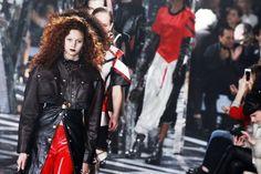 Porta à Berta na Moda: Futurismo com traços esportivos marca o inverno 20...