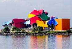 Frank Gehry's Origami-Like Biomuseo Opens in Panama City #roofing