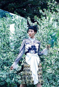 Look de inverno da Givenchy, em foto de Mikael Jansson para a Vogue americana (Foto: Mikael Jansson e Divulgação)