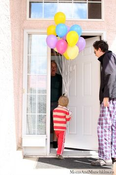Fun ways to plan balloon surprises with @Patricia Slack Time #balloons #party http://www.momsandmunchkins.ca/2014/05/26/balloon-surprises/