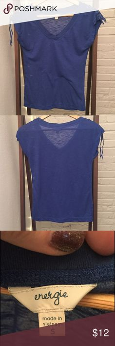 V Neck Lace-Up Sleeves Tee Cute blue tee with lace-up short sleeves. Gently used, but no flaws. Possible light pilling; I'd totally still wear it except it's too small! Energie Tops Tees - Short Sleeve