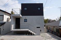 市川の家〈崖地に建つ地下室付き住宅〉   RCエイジ