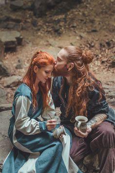 Story Inspiration, Character Inspiration, Viking Dress, Viking Tunic, Viking Aesthetic, Asian History, British History, Human Reference, Fantasy Photography