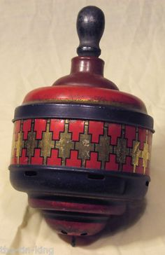 antique jacob;s humming top biscuit tin 1928