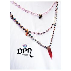 Rainbow Gypsy. Collar arcoiris gitano. #Collares #Necklace #DPNaccesorios #ComprasVirtuales #Valledupar #TalentoColombiano #Joyas #Bisuteria #Moda #Accesorios Tassel Necklace, Gypsy, Tassels, Jewelry, Fashion, Color Combinations, Necklaces, Jewels, Accessories