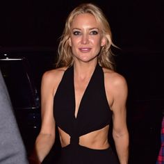 Pin for Later: Kate Hudson Flashes Her Abs While Partying With Nick Jonas in NYC